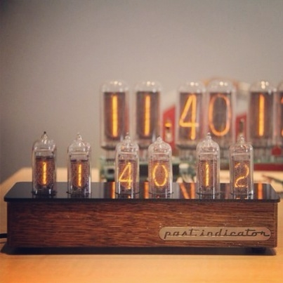 Часы на газоразрядных индикаторах (Фото 2)
