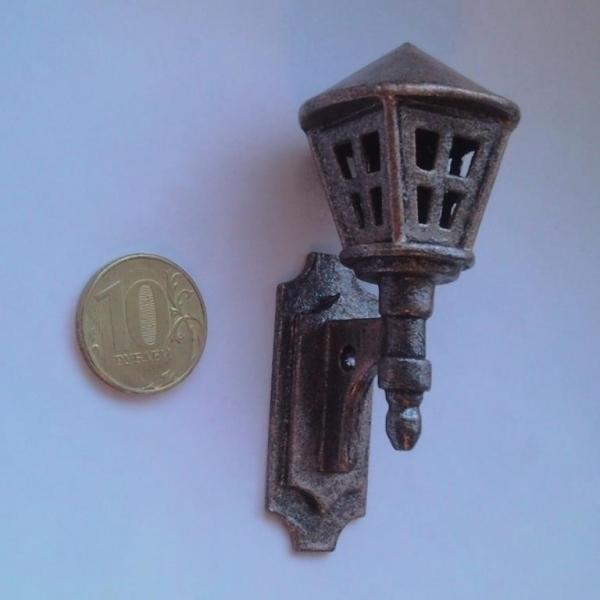 Миниатюрный фонарик