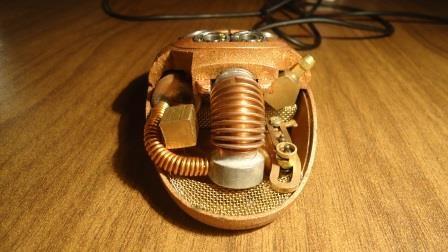 Компьютерная мышь с паровым двигателем (Фото 13)