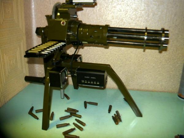 Мясорубка-пулемёт (не совсем стимпанк) (Фото 4)
