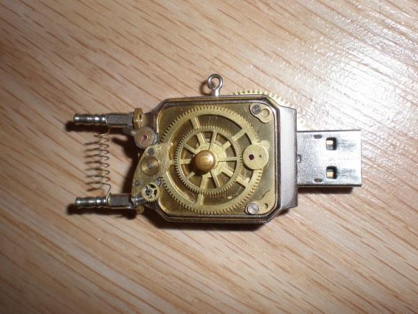 Электромеханический информационный передатчик. (Фото 3)