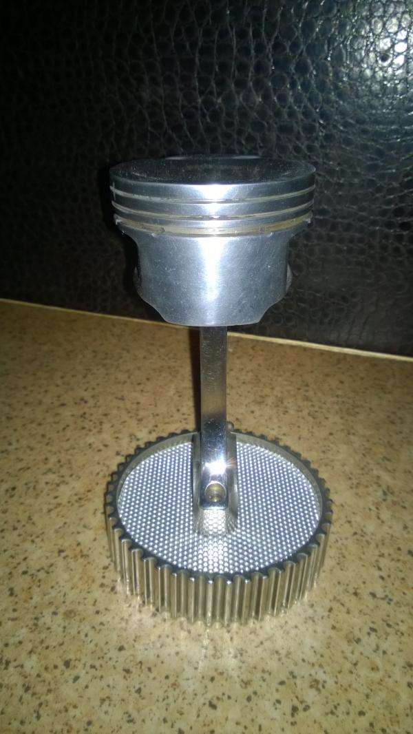 Лампа-ночник '' ПОРШЕНЬ-1''