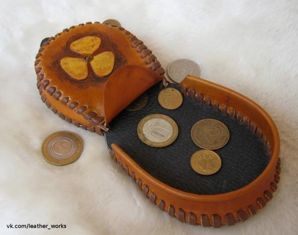 Маленький кошелек-монетница из кожи (Фото 3)