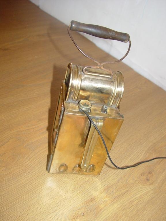 Ночной фонарик для детей и для рыбалки (вторая жизнь старой вещи) (Фото 20)