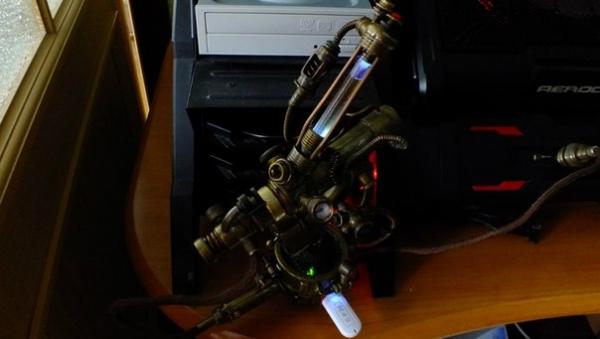USB HUB  + флешка + переходник для нестандартных флешек