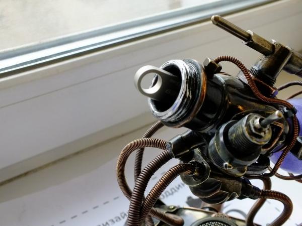 USB HUB (концентратор) с флешкой в корпусе ( работа на конкурс)