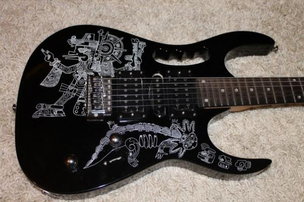 моя гитарка