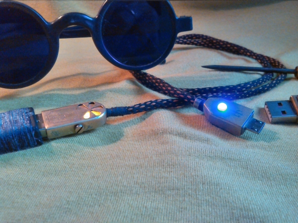 USB шнурок.