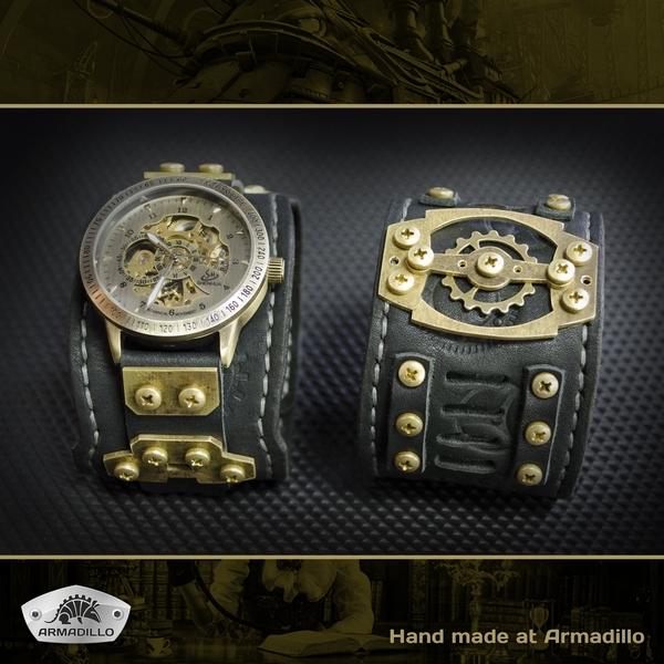 Часы с браслетом. Делались одному хорошему человеку на заказ.