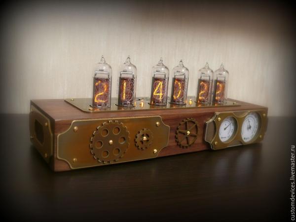 Ламповые часы с термометром и гигрометром
