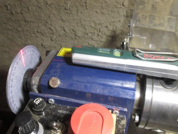 Лазерный уровень+токарный станок