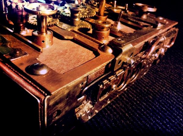 Синтезатор стимпанкатор