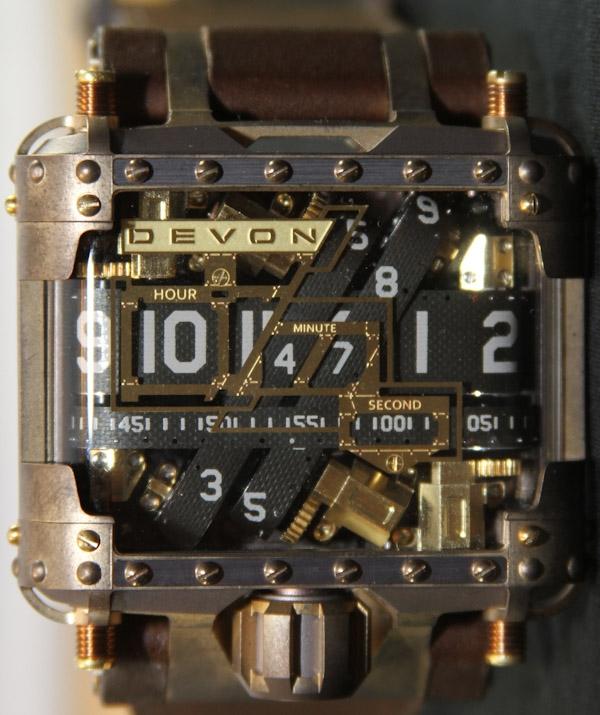 Часы в стиле сайта