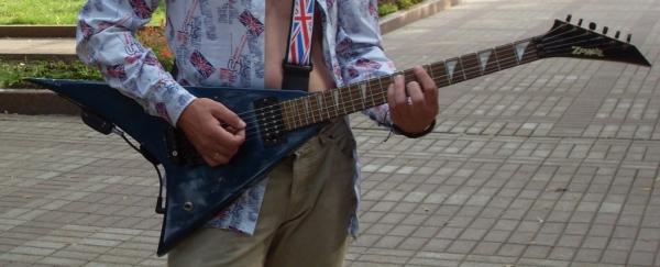 Стимпанк гитара - есть мастера?