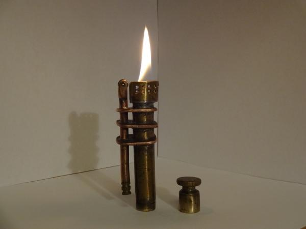 первая работа - зажигалка