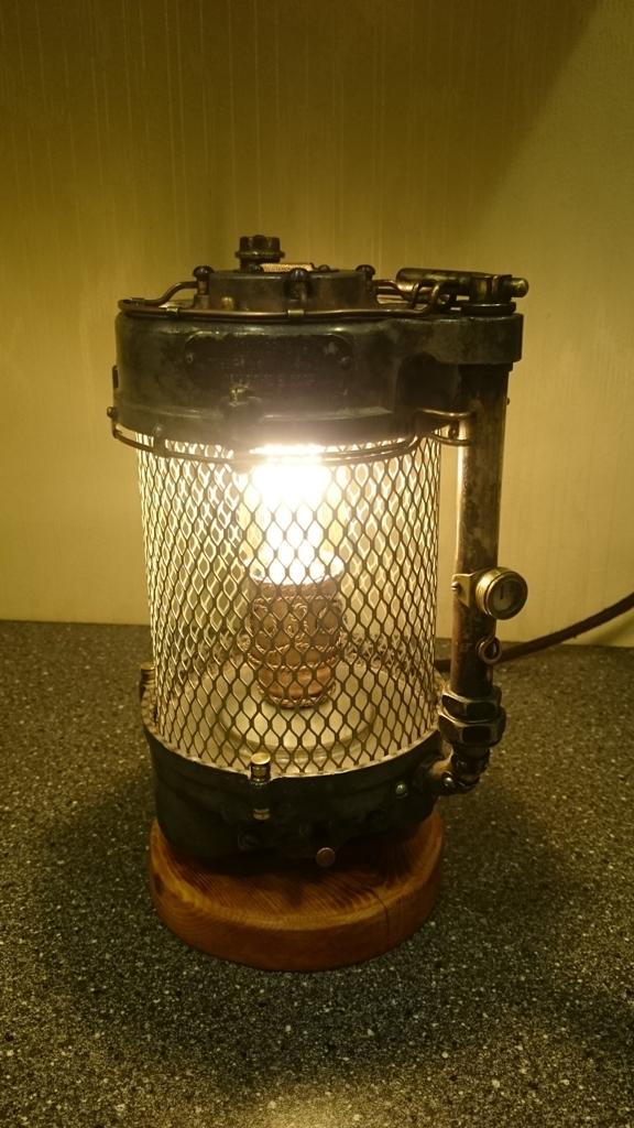 Настольная лампа в смешанном стиле. Стим-Дизельпанк.