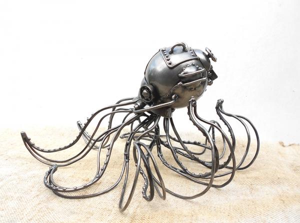 Оctopus-bathiskafus lat. (Октопус-батискафус Рус.)