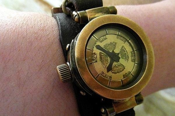 Часы трюмного машиниста