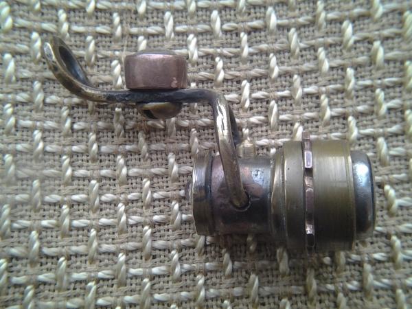 Брелок Домофонный ключ + фонарик.