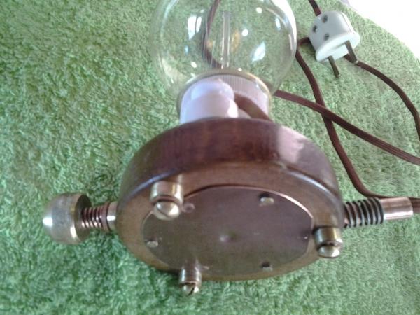 Подставка для лампы Эдисона.