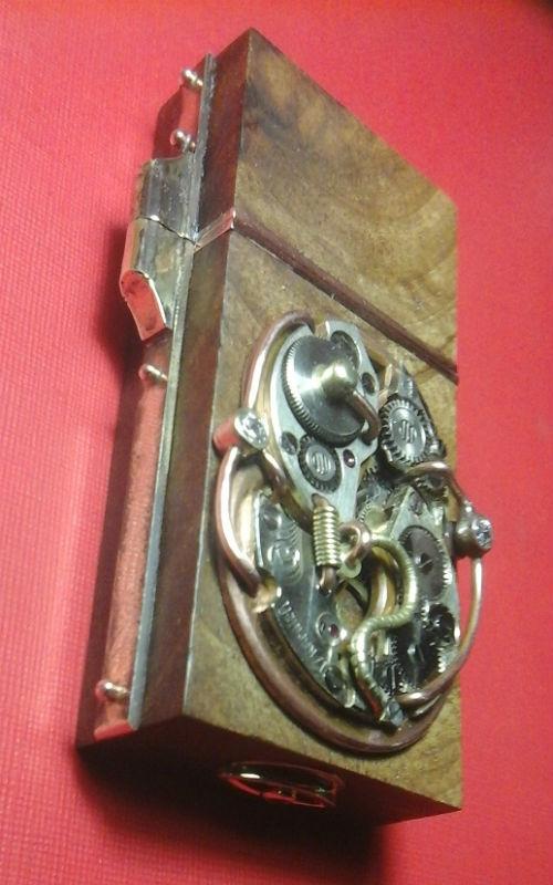 Модинг флэшнакопителя в стиле steampunk