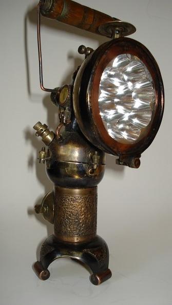 Ацетиленовый фонарь