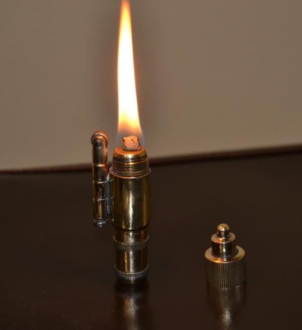 Бензиновая зажигалка Темпо