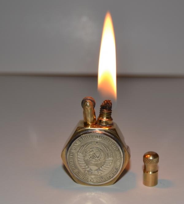 Бензиновая зажигалка СССР-1964