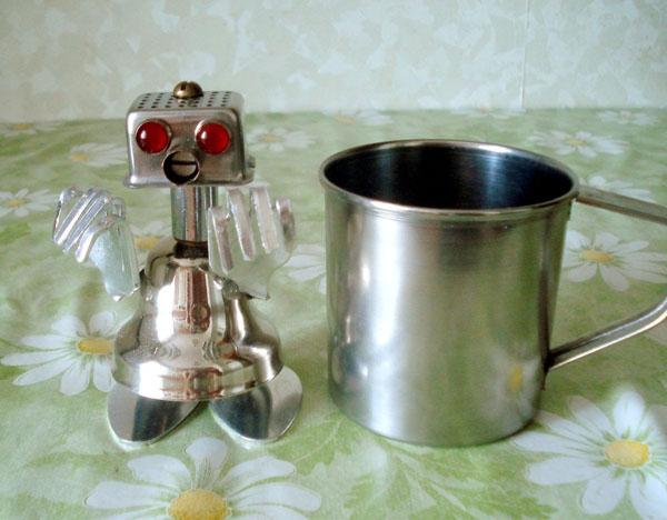 Роботёнок Робик