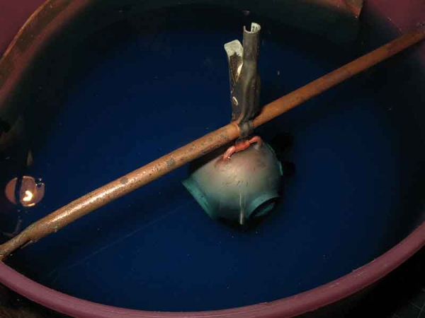 После пайки надо тщательно скрыть следы в гальванической ванне.