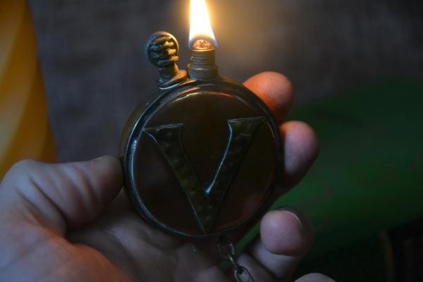 Окопная зажигалка