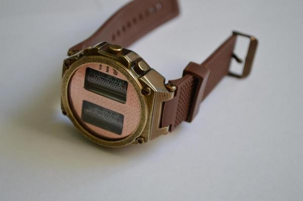 Наручные часы на ИН-16.