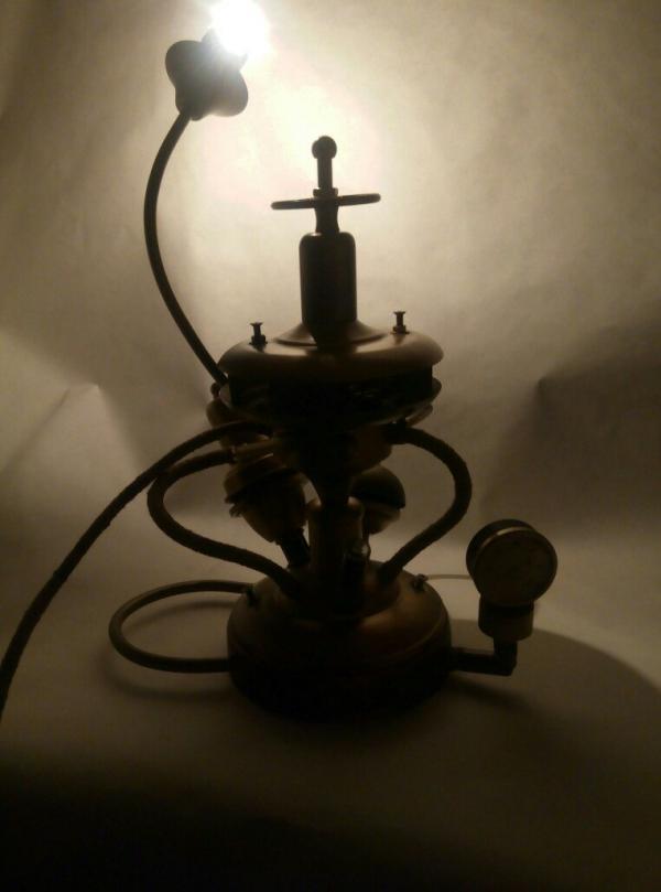 Настольная лампа Светоч
