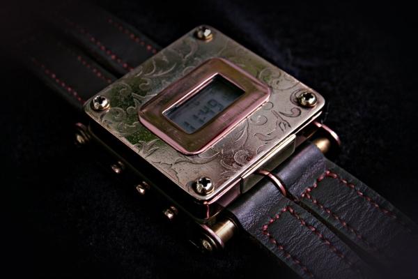 Наручные часы Гротеск.