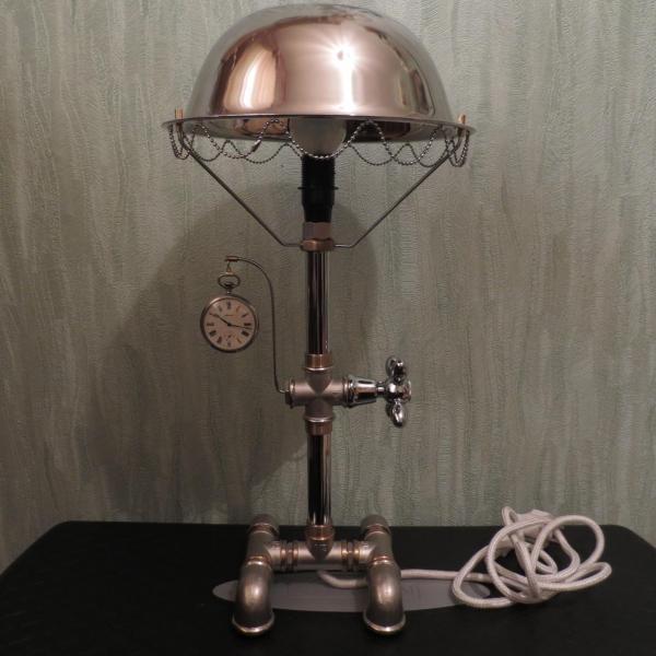 Сантех-держатель в виде лампы для старенькой Молнии