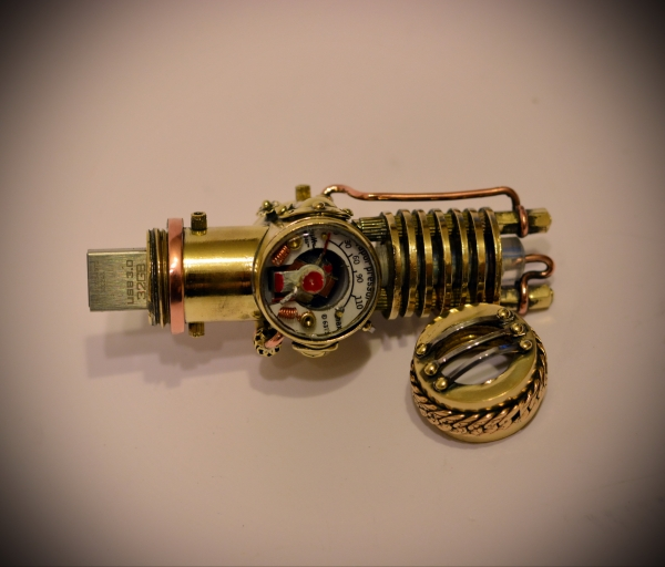 Steampunk USB flash drive real manometer