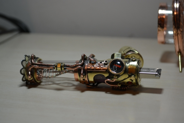 Steampunk flash drive Motorized Molecule DNA steampunk stick