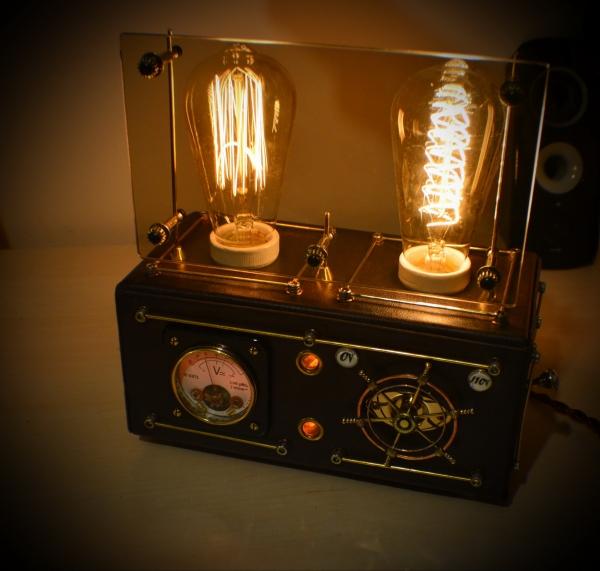 Стимпанк лампа с  лампой Эдисона
