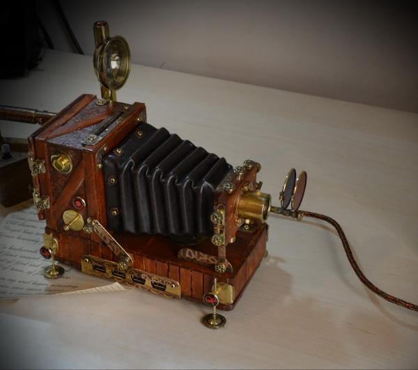 Винтажная фотокамера : USB хаб с Nixie вакуумной лампой, диапроектор