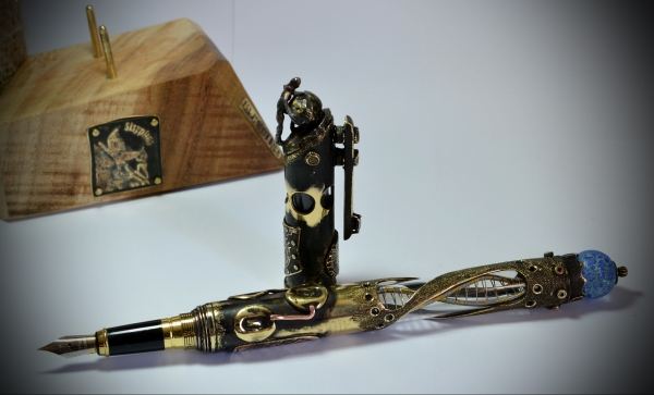 Steampunk fountain pen Sisyphus