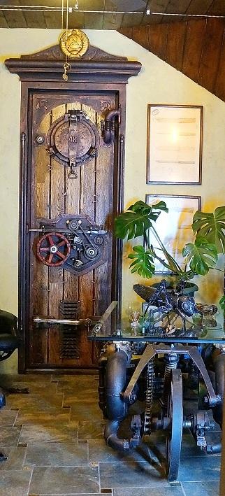 дверь стимпанк  МОРЕ ЗОВЁТ  от творческой мастерской д. Фёдор