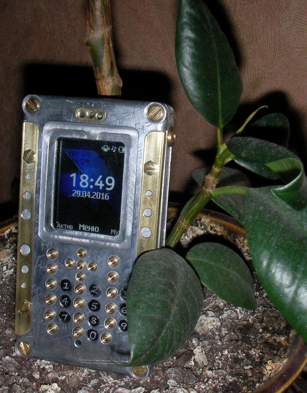 Мобильный телефон V.2 Fibonacci