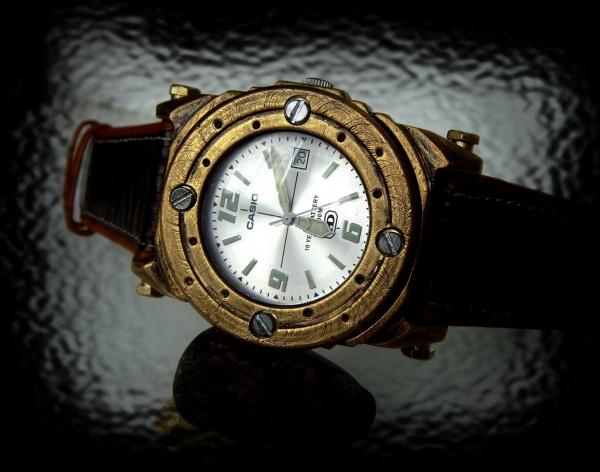 Часы командира батискафа