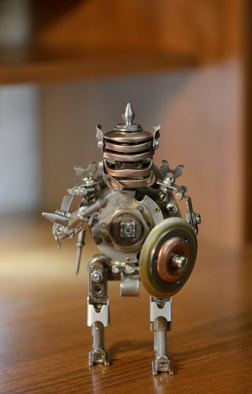 Механический боец. Робот-гладиатор...
