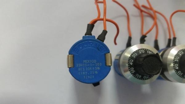 Переменный резистор с лимбом. Поменяюсь.