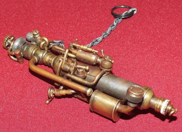 зажигалка с цепочкой