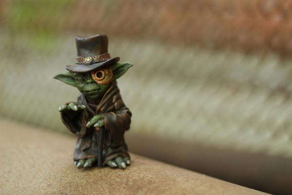 Магистр Йода. Фигурка, стилизованная в стимпанк.