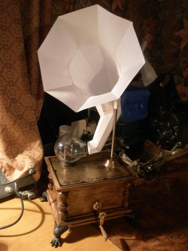 ионофон с мкетом трубы