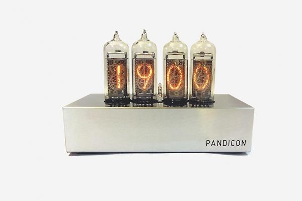 Часы Pandicon на газоразрядных индикаторах