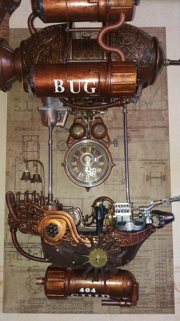 Арт-объект. Часы Прогулочный катер 404 ВUG (Жучок).